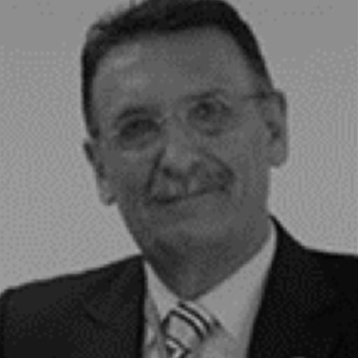 Dr Gustavo Leibaschoff
